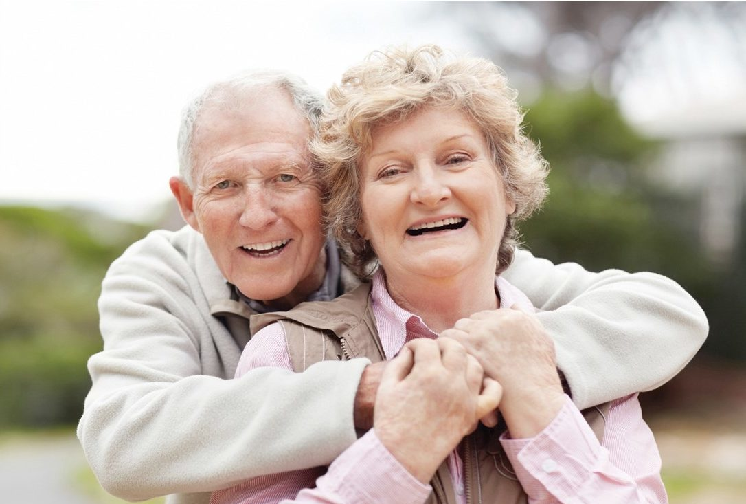 speech therapy elderly hugging couple